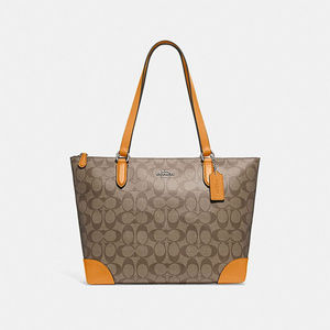 New with tag coach zip top tote